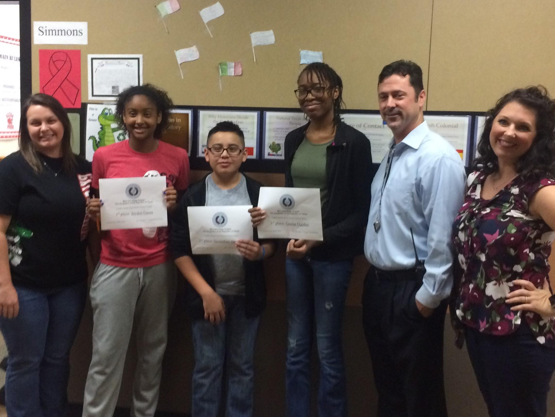 essay contest scholarships high school juniors
